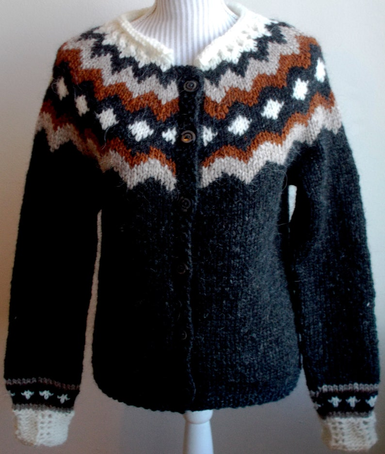 Button-Down Traditional Icelandic Cardigan image 0