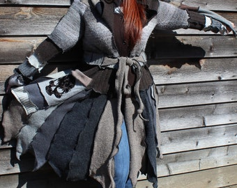 "Custom Fairy Coat ""Baroque Skull"""