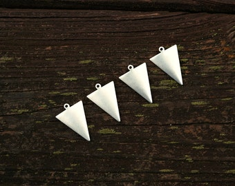 Antiqued Silver Brass geometric Triangle Drop Pendants, 4pcs,