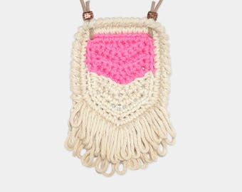 Chevron • Necklace • Crochet Pendant • Colour: BUBBLEGUM + VANILLA