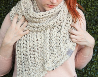 Fern • Open-Ended Scarf • Crochet Chunky Knit • Colour: OATMEAL