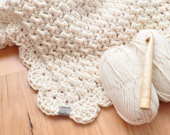 Marshmallow • Throw • Crochet Chunky Knit • Colour: VANILLA