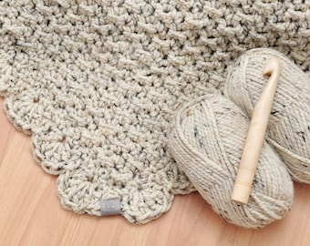Marshmallow • Throw • Crochet Chunky Knit • Colour: OATMEAL