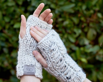Pine Ridge • Fingerless Mittens • Chunky Knit • Colour: COCONUT