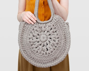 Sunburst • Tote Bag • Crochet Chunky Knit • Colour: SMOKE