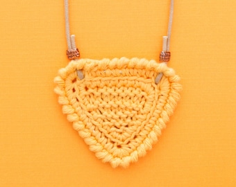 Shortbread • Necklace • Knitted Pendant • Colour: MELON