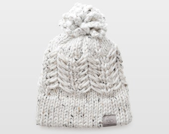 Pine Ridge • Beanie • Chunky Knit • Colour: COCONUT