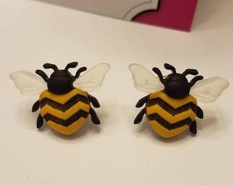 Buzzing Bee Stud Earrings