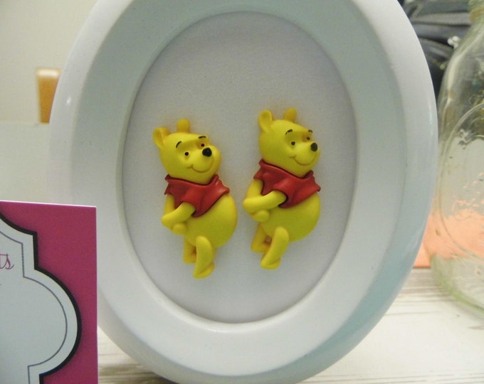 Disney Winnie the Pooh Button Large Stud Earring
