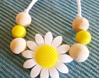 Daisy Sunflower Silicone & Wood Bead Teething Necklace