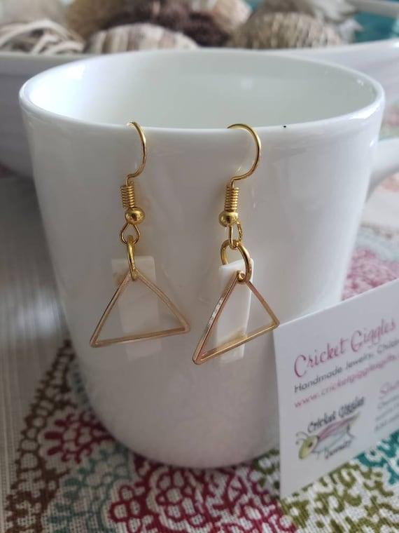 Geometric Wire & Shell Gold Dangle Earrings