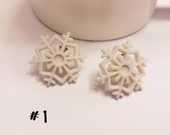 Snowflake Button Style Stud Earrings