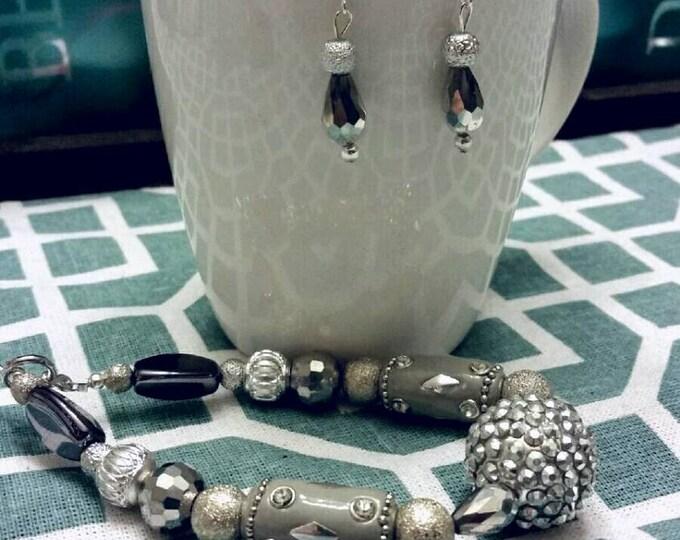 Silvertone Chunky Beaded Bracelet and Earring Set