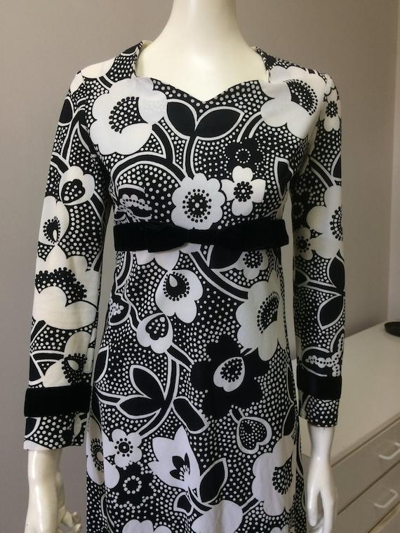 Original Vintage 60s 70s Maxi Dress , Floral , Pin