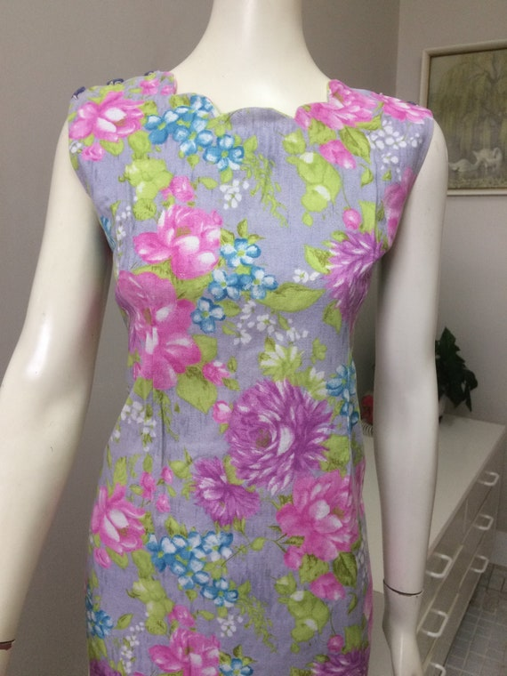 Original Vintage 60s Floral Day Dress , Wiggle Pen