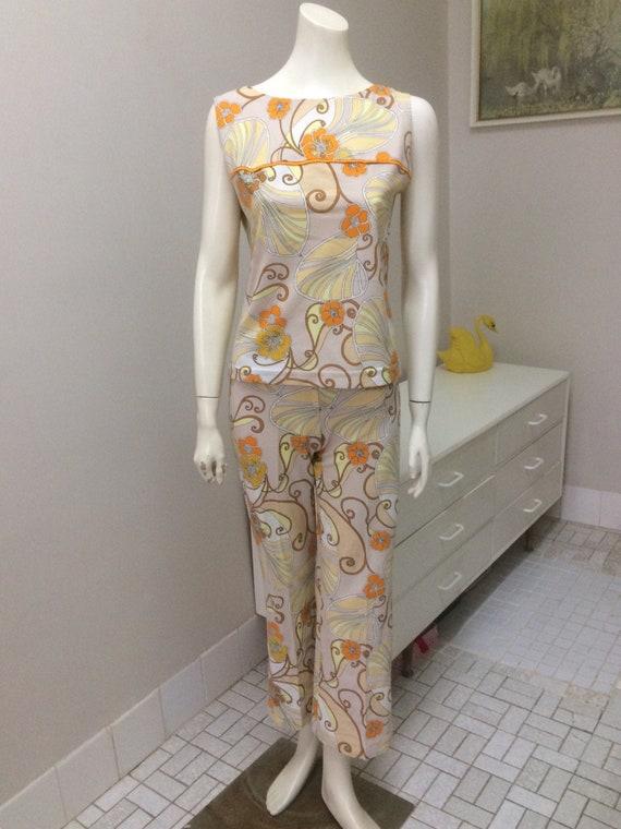 Original Vintage 60s Pant Suit Set ,Retro  Top , V