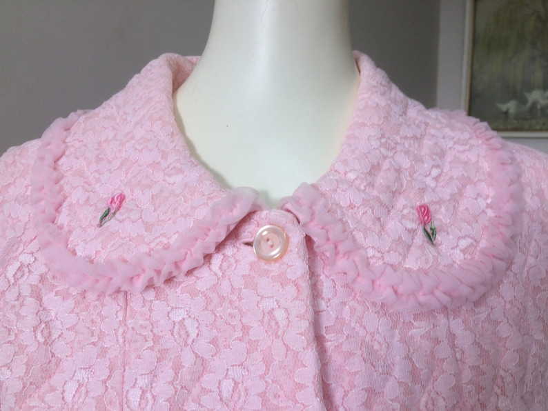 Original Vintage 50s 60s Dressing Gown Robe Pinup Rockabilly Madmen Quilted Pink Peter Pan Collar