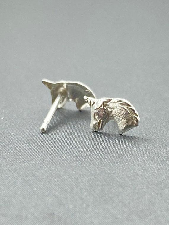 Sterling silver unicorn stud earrings, SKU# 764-5
