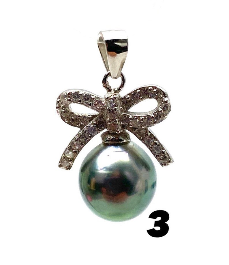 Sterling silver bow with Tahitian pearl pendant SKU# 11233