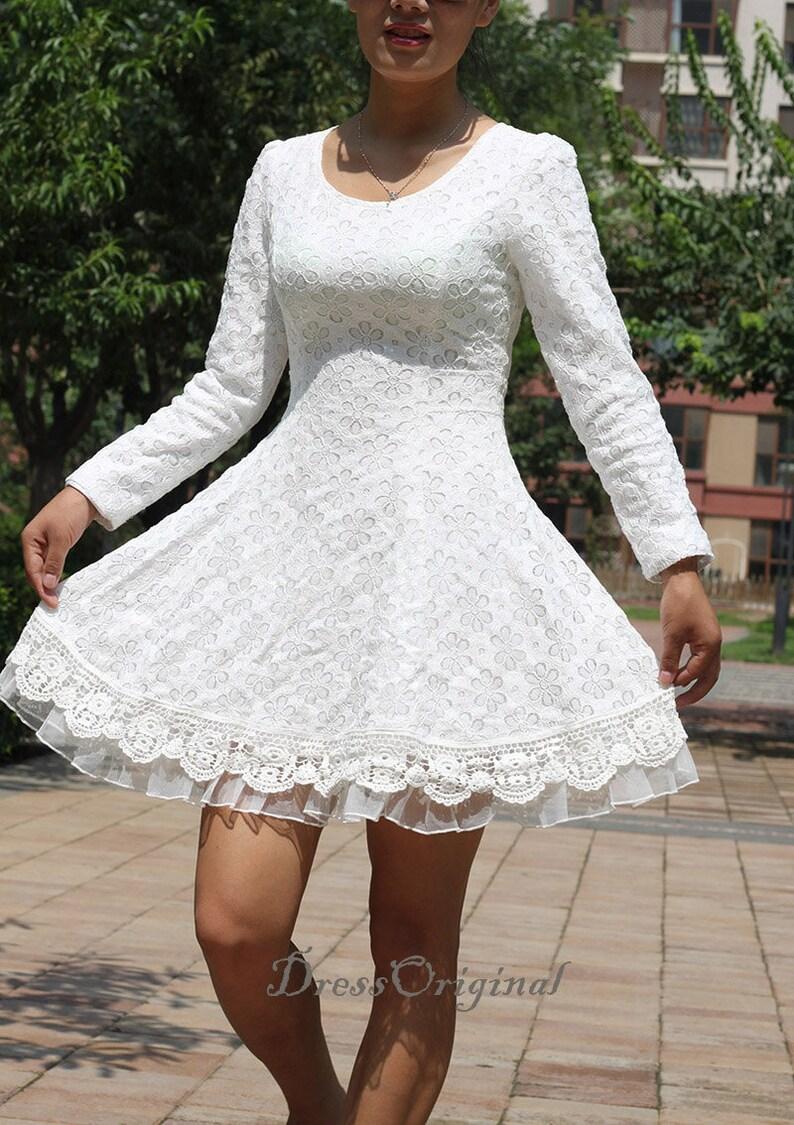 buy online 74665 0ee59 Weisse Spitzen Kleid weiß Mini Kleid / langärmlige Weiße Spitze Chiffon  Kleid / Little White Dress / weiß Passform und Flare Kleid