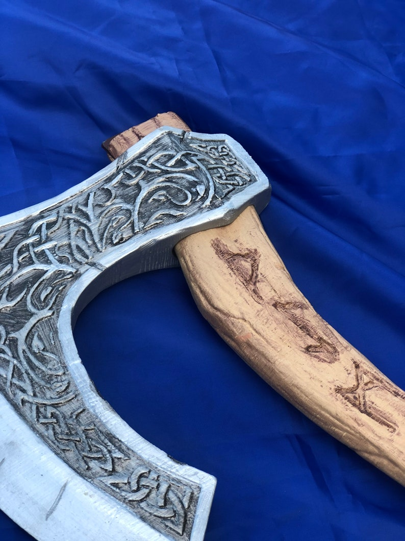 3D printed cosplay Celtic Viking axe Lifesize!!!