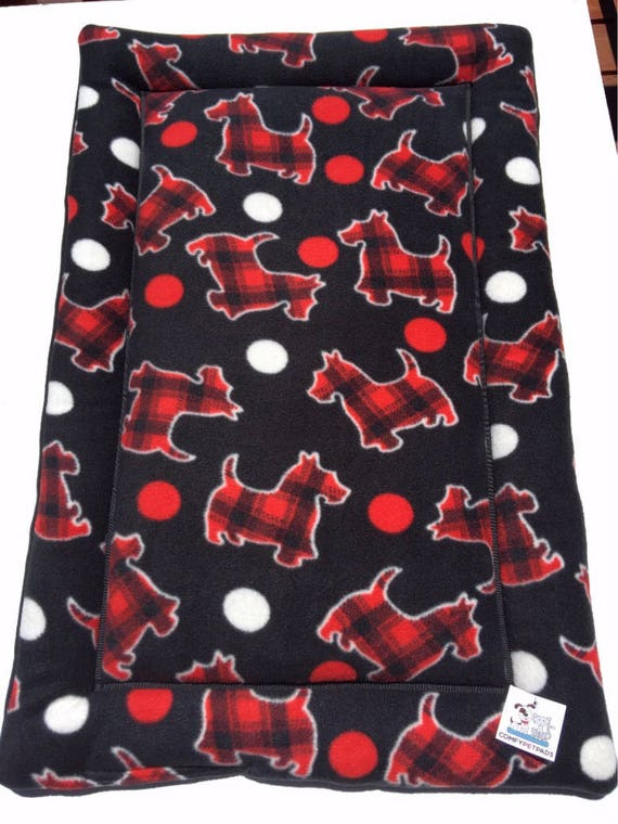Scottie Dog Bed, Plaid Scottish Terriers, Crate Bedding, Puppy Bedding, Chair Cushion Pads, Kennel Mat, Scottie Dog Gifts, Fits 24x36 Crate