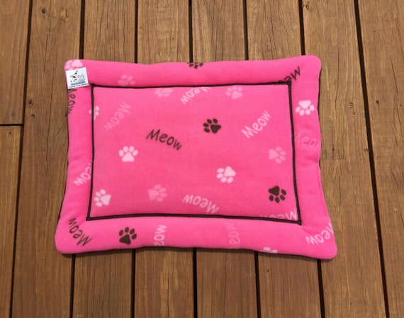 Pink Cat Bed, Comfy Pet Bed, Crate Mats, Pet Carrier Pad, Small Pet Mat, Chair Cushion, Gift for Cat Lovers, Kitten Beds, 19x25