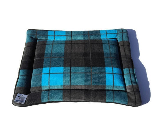 Plaid Dog Bed, Cat Mat, Small Pet Crate Pad, Pet Stroller Pad, Carrier Pad, Window Pad for Cats, Kennel Bed, Size 19x25