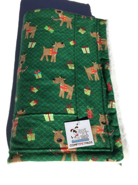 Blanket with Reindeer, Size 39x29, Washable and lightweight
