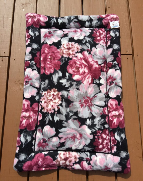 Dog Crate Pad, Medium Dog Bed, Cat Bedding, Cat Bed Mat, Floral Pet Bed, Kennel Liner, Puppy, Comfy Pet Bed, Couch Pads, Fits 24x36 Crate