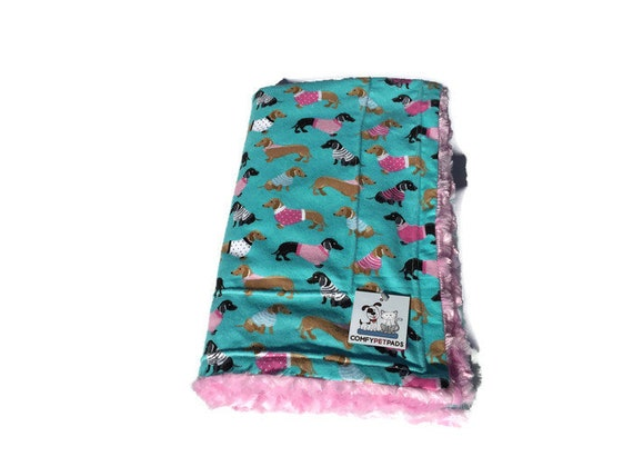 Blanket with Dachshund, Swirl Faux Fur, Weenie Dog Bedding, Dog Crate Bed, Pet Stroller Blanket, Kennel Cover, Washable, Size 39x29