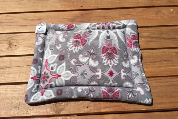 XS Dog Bed, Cat Crate Pad, Medallion Flowers, Kennel Liner, Puppy Bedding, Tiny Dog Bedding, Window Pad, Cat Lover Gifts, Training Mat
