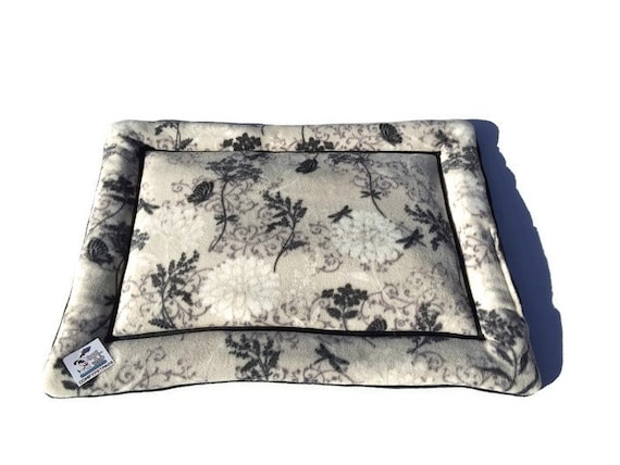 Floral Cat Bed, Dog Crate Pad, Pet Stroller Pad, Small Puppy Bedding, Chair Cover for Cats, Kennel Liner, Size 19x25