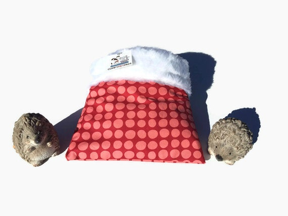 Snuggle Sack for Hedgehogs with Faux Fur, Small Reptiles, 3 layers, Washable, Size 9x9