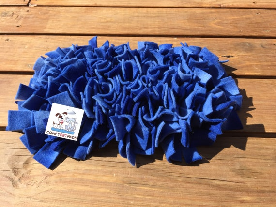 Blue Snuffle Mat, Rooting Rug, Pig Enrichment Toy, Nose Work Mat, Dog Puzzle, Cat Snuffle Rug, Size 12x7