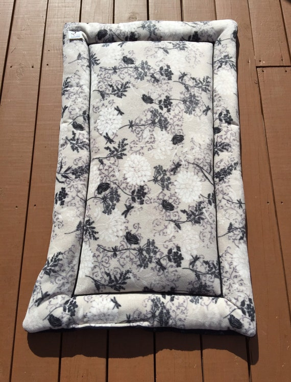 Floral Dog Bed, Dog Crate Pad, Travel Crate Pad, Big Puppy Bedding, XL Dog Bed, Kennel Bed, Fits 30x48 Crate
