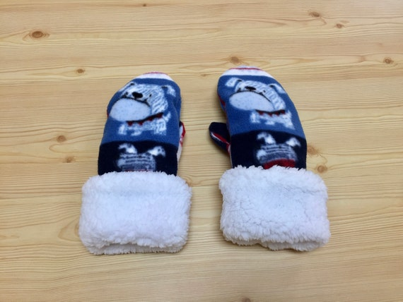 Soft Fleece Sherpa Lined Mittens with English Bulldogs, Adult Size Large