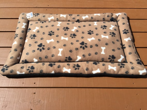 Dog Bed with Paw Prints, Crate Bed for Dogs, Roll Up Dog Bed, Pet Training Mat, Medium Carrier Pad, Kennel Mat, Washable, Fits 24x36 Crate