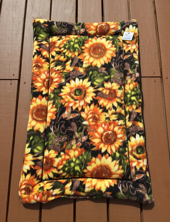 Sunflower Pet Bed, Medium Dog Bedding, Cat Cushion, Crate Pads, Kennel Liner, Pet Travel Items, Comfy Pet Bed, Couch Pads, Fits 24x36 Crate