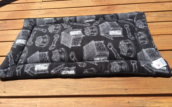 Medium Dog Bed, Travel Pet Bed, 24x36 Crate Bedding, Dog Houses, Kennel Pad, Dog Mom Gift, Big Puppy Bedding, Couch Cover, Fits 24x36 Crate