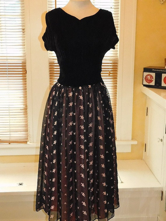 1950's Party Gown - image 1