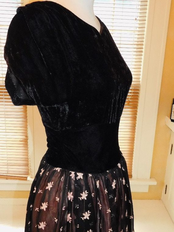 1950's Party Gown - image 6