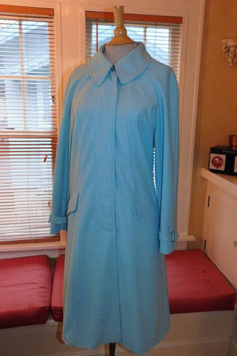 Woman/'s Vintage Travel Coat