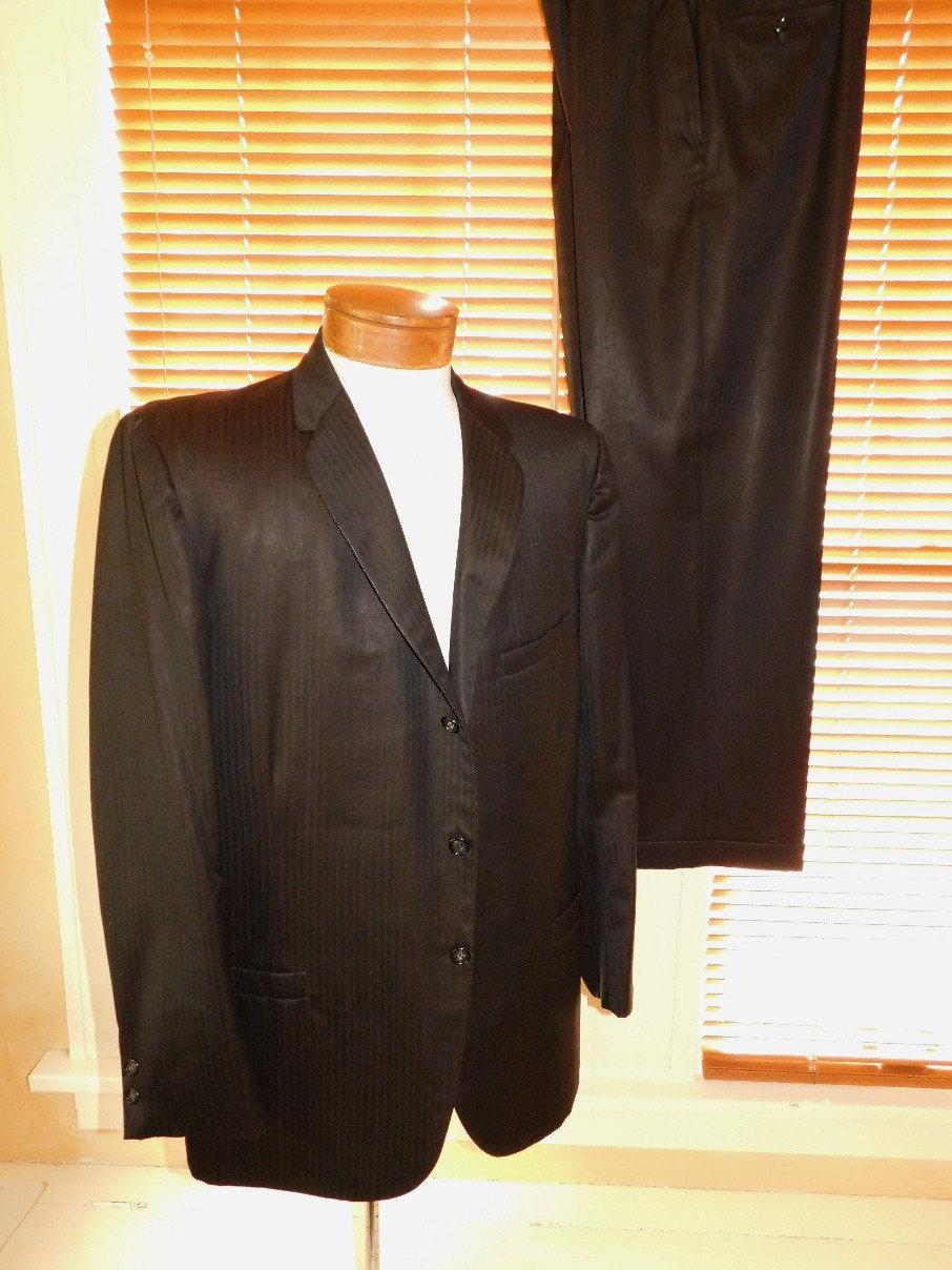 1950s Mens Suits & Sport Coats   50s Suits & Blazers 1950s Mens Suit $125.00 AT vintagedancer.com