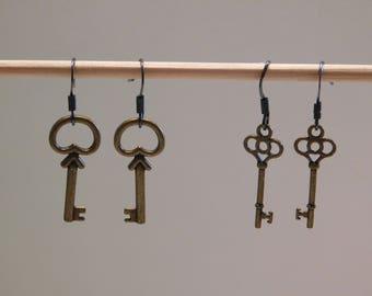 Dangle Bronze Old Fashion Key Earrings
