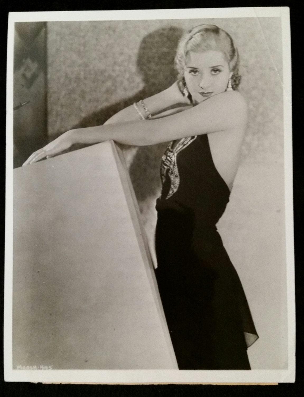 photo Linda Lawson (actress)