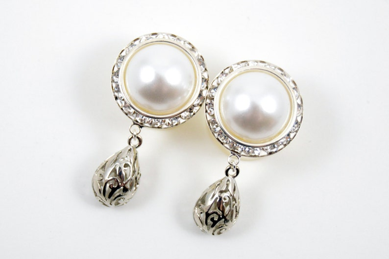 7/8 3/4 1 PAIR White Pearl Silver Dangle Hanging Ear Plugs image 0