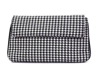 Black and White Woolen Clutch   Shoulder Bag   Evening Bag