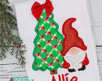 Christmas Tree with Gnome Applique, Christmas Gnome and Tree, Christmas Tree with Bow, Gnome Christmas Design