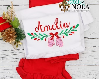 Christmas Mitten Wreath Swag Embroidery Top And Bottom Set, Xmas Wreath Embroidery Outfit, Christmas Embroidery, Christmas Outfit